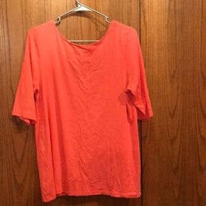 1/2 sleeve salmon colored top